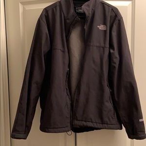 Men's fleece-lined North Face wind-stopper
